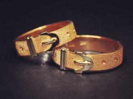 18 kt gold mens ring