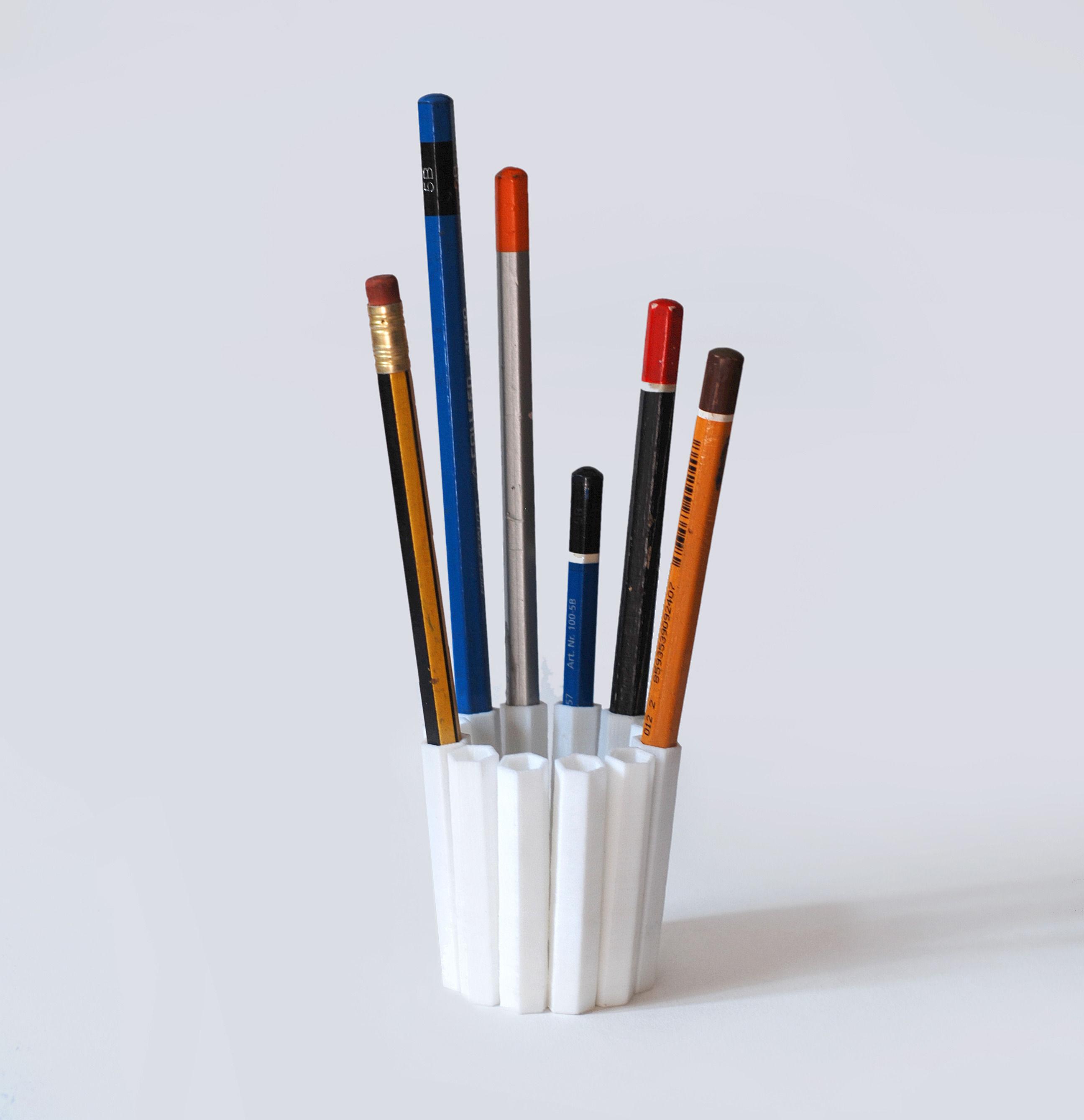3D Print Model 12 Pencil Pot