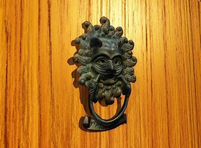 Lion Door Knocker 3D Model