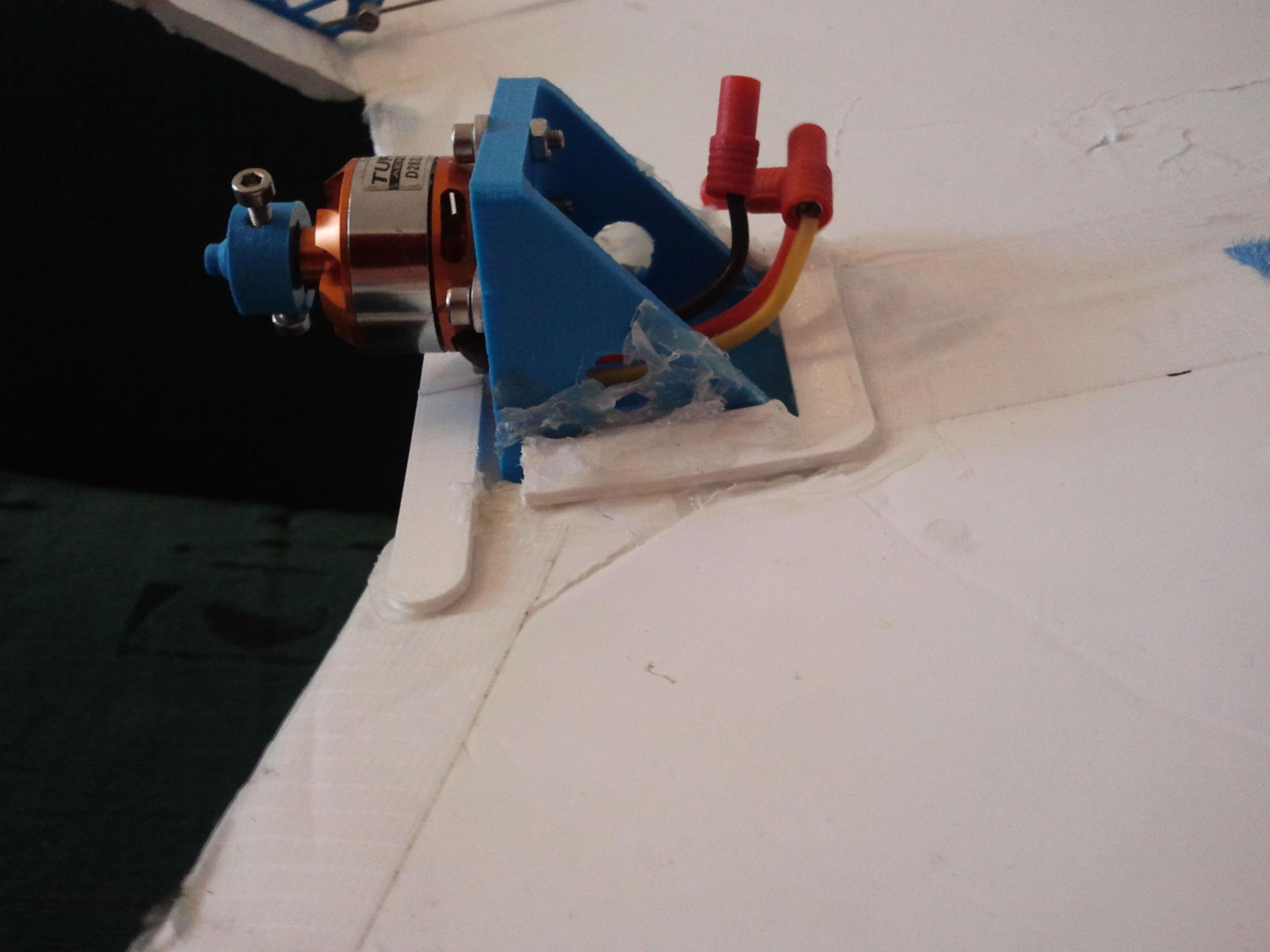 motor mount for pusher propeller RC plane eg Versa free 3D