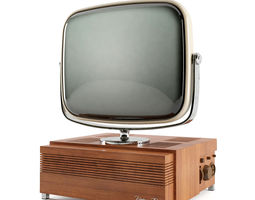 low-poly animated 3d asset vintage tv