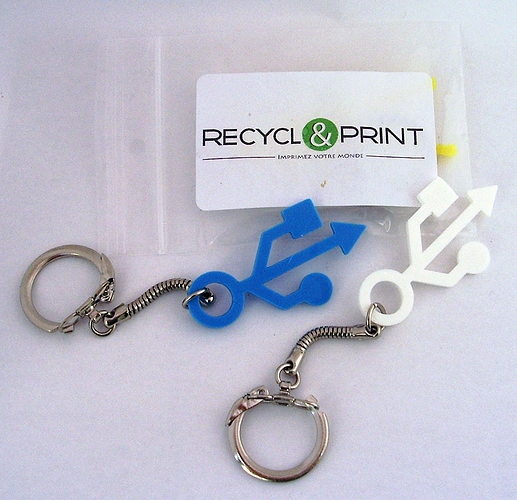 usb keychain 3d model stl 1