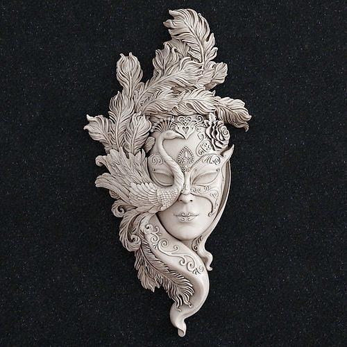 Jewelry pendant mask girl