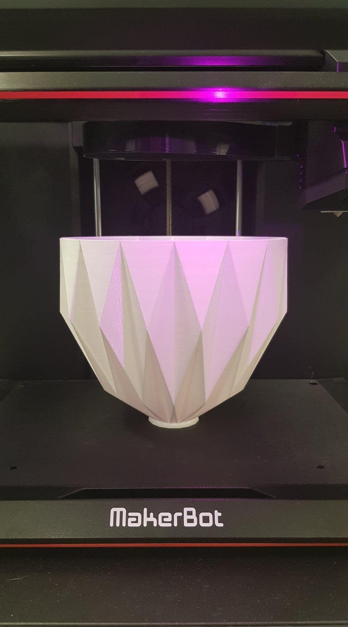 Folded lamp shade