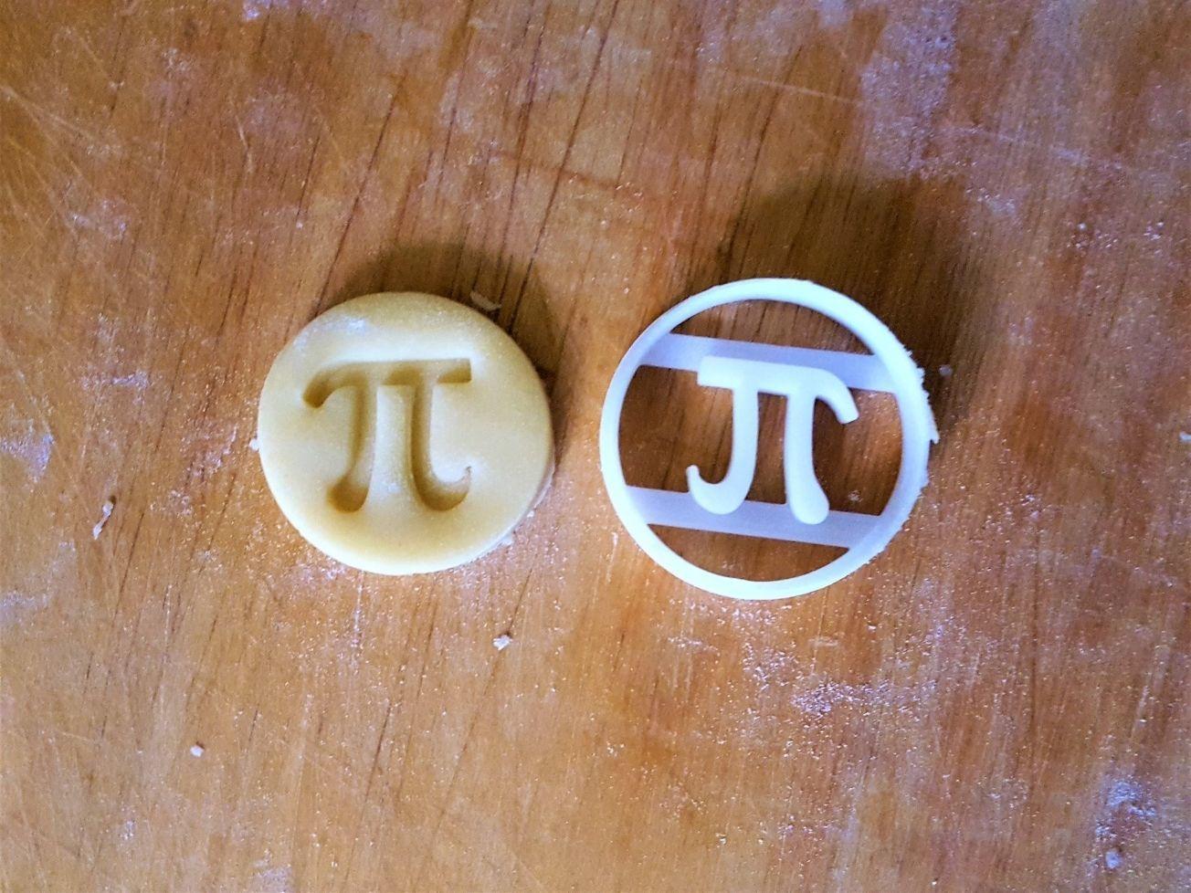 Number Pi cookie cutter v2