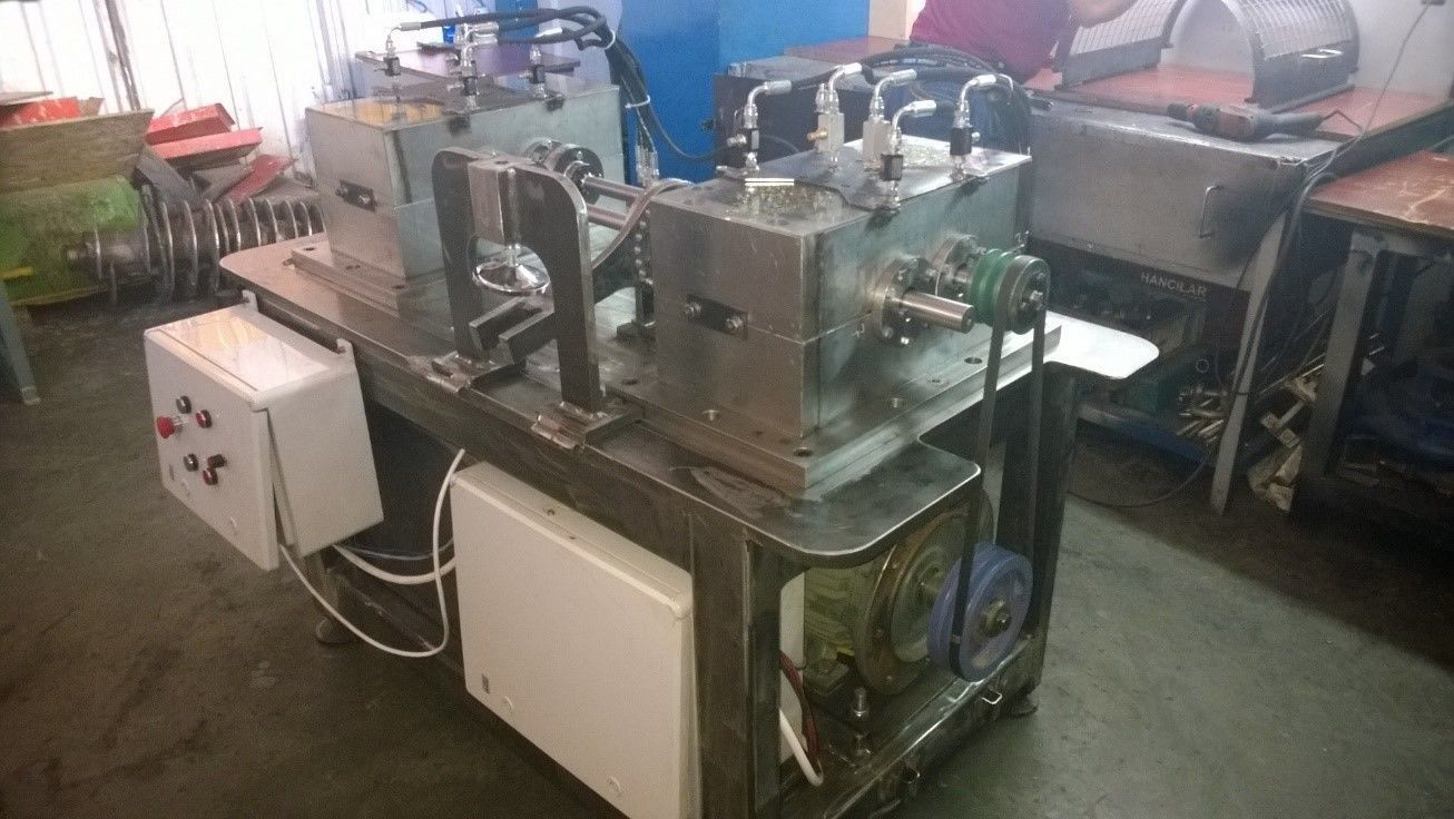back to back parallel axes gear test rig closed circuit