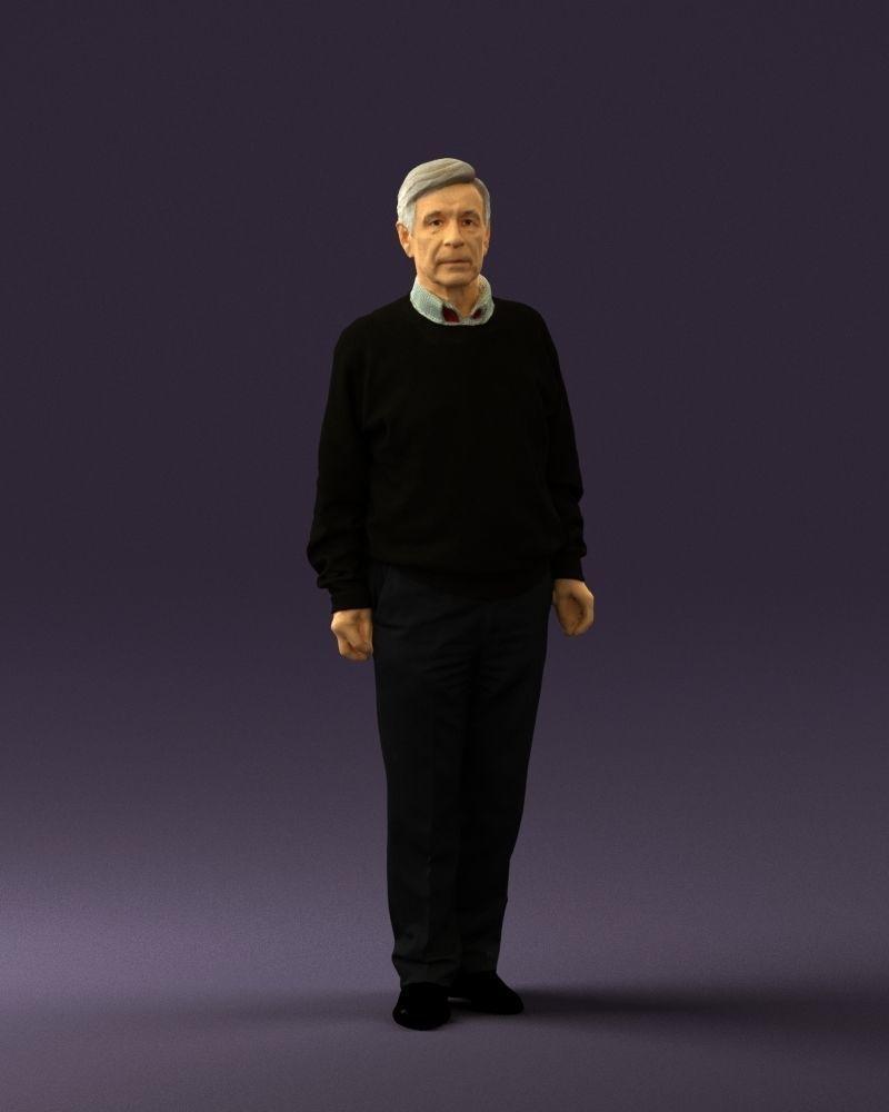 Old man in black sweater 0563