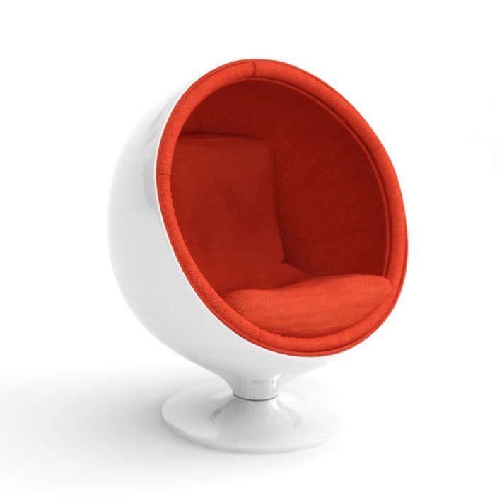 Retro White Egg Chair Model