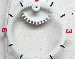 3D printable model Floating Gear Clock