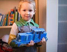 diesel locomotive that will fit lego tracks - fdm optimized 3d print model