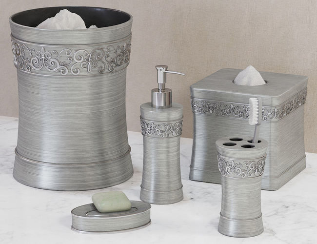Murano Brushed Silver Bath Accessories 3D Model